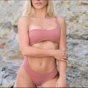 JouesDeSable xRevolve Corrine Melrose 1pc Swimsuit